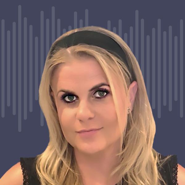 Headshot Lisa Forte podcast
